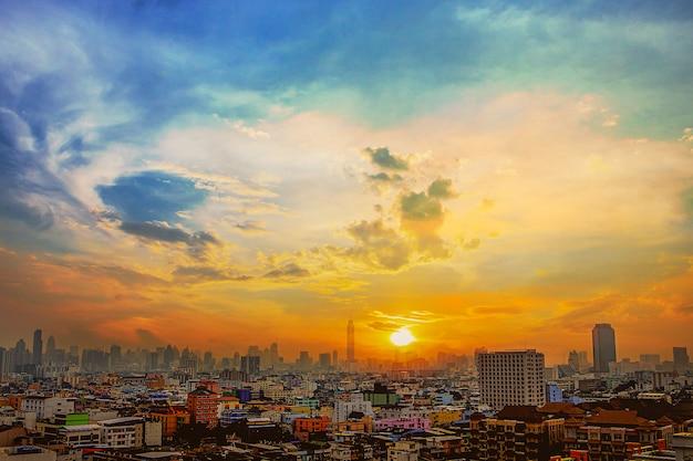 View of sunset in bangkok Premium Photo