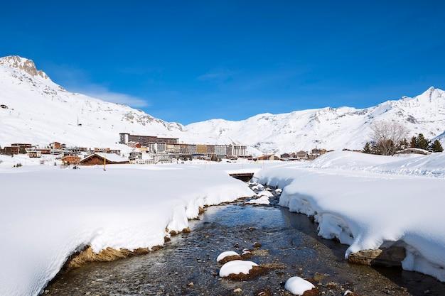 Vista del villaggio di tignes in inverno, francia. Foto Gratuite