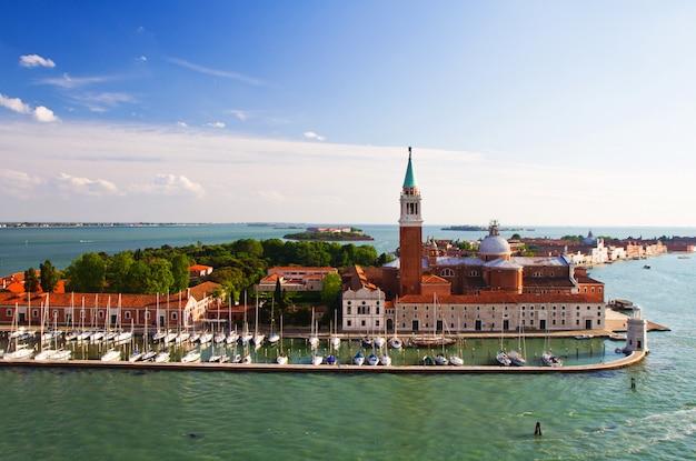 A view of venice italy Premium Photo
