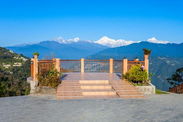 Viewpoint in gangtok Premium Photo