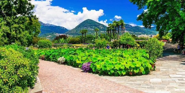 Вилла таранто с красивыми садами. лаго маджоре, север италии Premium Фотографии
