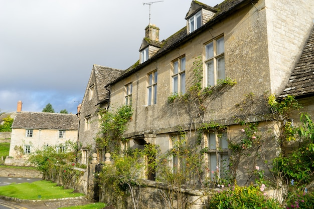 The village of bibury, cotswolds, arlington row england Premium Photo