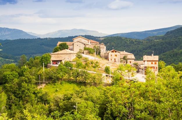 Деревня в пиренеях. seniu, huesa Бесплатные Фотографии
