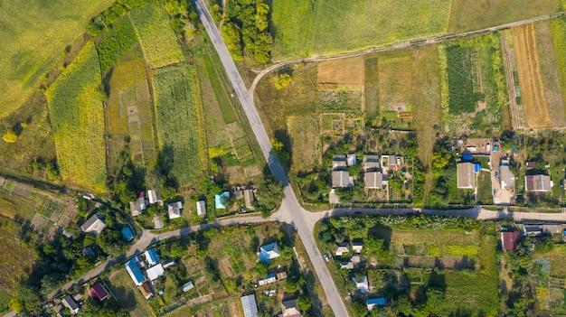 Village with a bird's eye view. gardening. Premium Photo