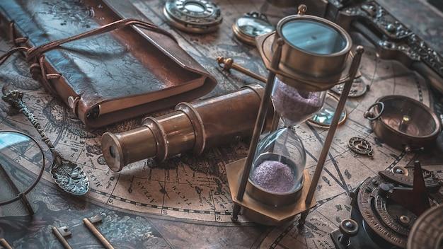 Vintage hourglass Premium Photo