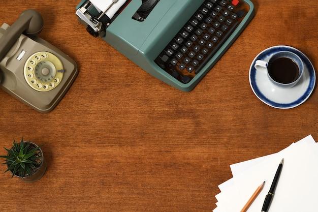 Vintage office accessories background Premium Photo