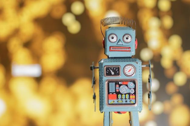 Vintage retro robot Premium Photo