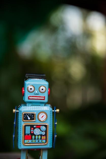 Vintage robot tin toy Premium Photo