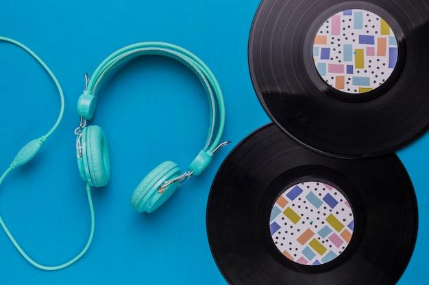 Vinyl discs with headphones Free Photo