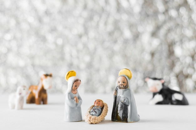 Virgin mary with baby jesus and saint joseph on blurred background Free Photo