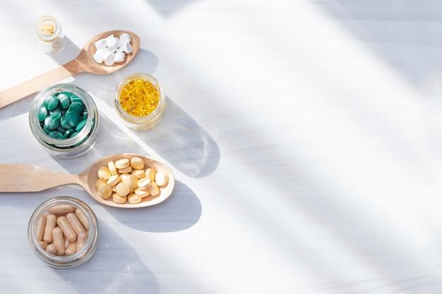 Vitamins, supplements, healthy life concept. Premium Photo