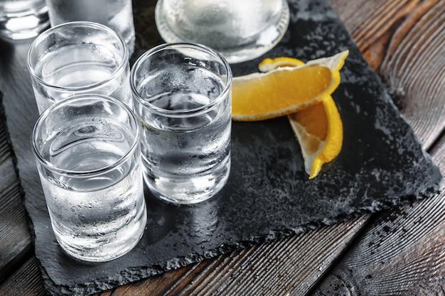 Vodka in shot glasses Premium Photo