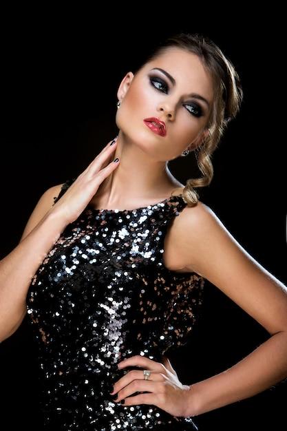 Vogue. красивейшая женщина платья Бесплатные Фотографии