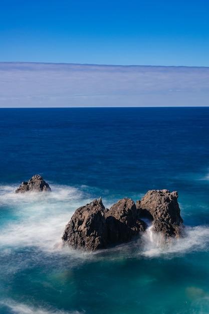 대서양의 화산암, Icod De Los Vinos, 테 네리 페, 카나리아 제도, 스페인 프리미엄 사진