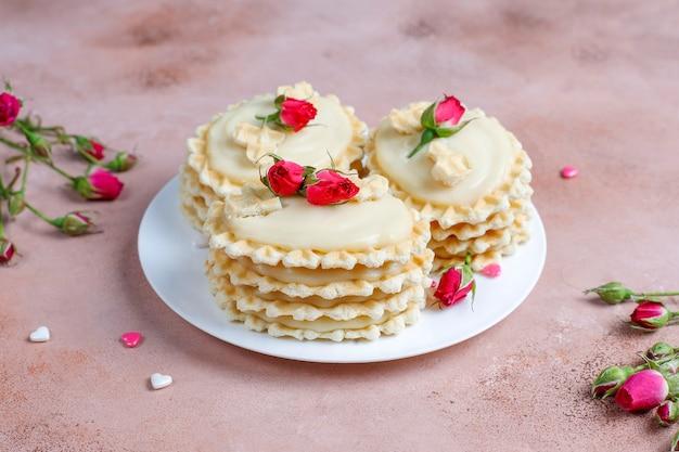 Вафельное печенье с домашним вкусным кремом. Бесплатные Фотографии