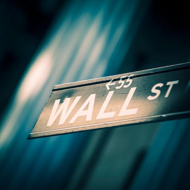 ニューヨークのウォール街の看板、特別な写真処理。 無料写真
