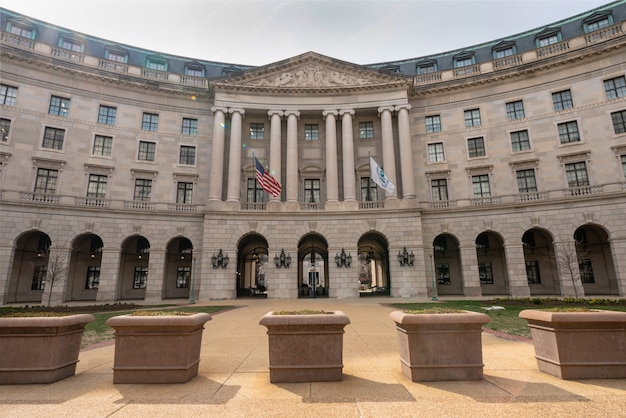Washington dc building around federal triangle station architecture nearly old post office, united states Premium Photo