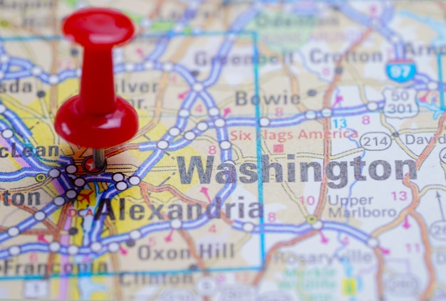 Washington, road map with red pushpin, city in the united ...
