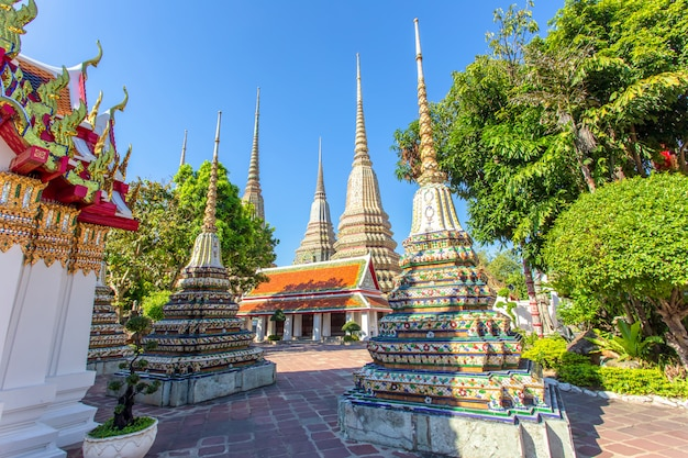 Wat pho is a buddhist temple in  bangkok Premium Photo