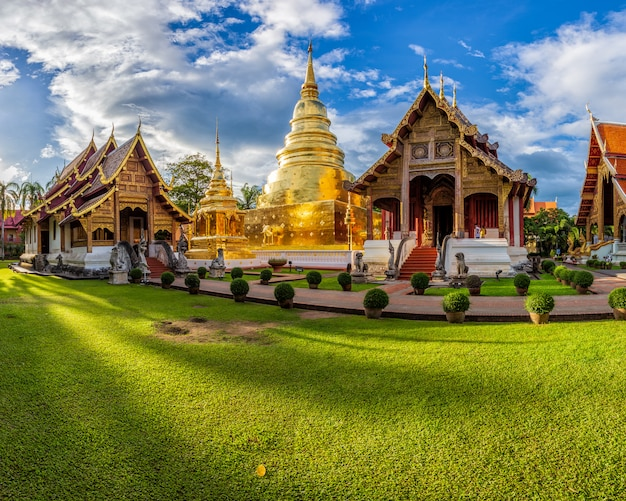 Wat phra sing temple at chiang mai province, thailand Premium Photo
