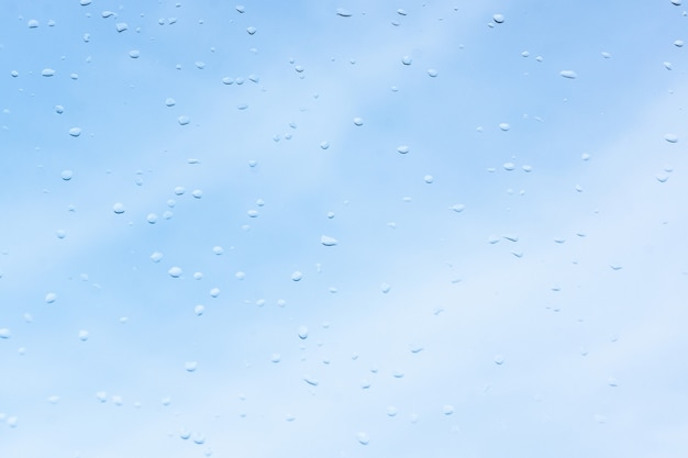 Water droplets on the glass Premium Photo