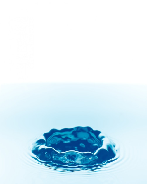 Water drops falling background Premium Photo