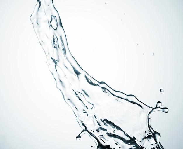 明るい背景に流れる水 Premium写真