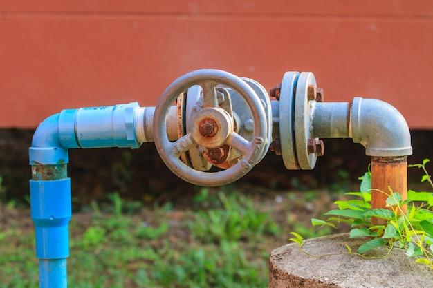 Water valve and steel pipe Premium Photo