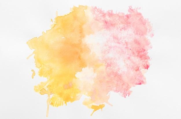Акварельная копия пространства оранжево-розовой краской Premium Фотографии