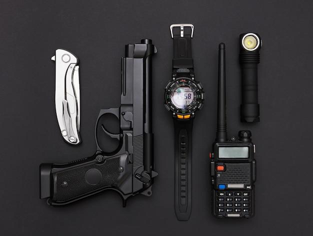武器と軍事機器 Premium写真