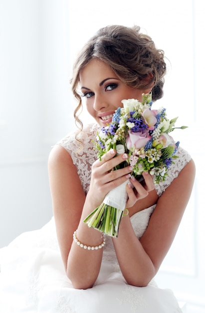 Wedding. beautiful bride Free Photo