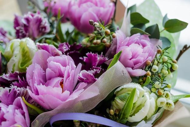 Wedding bouquet of flowers Premium Photo