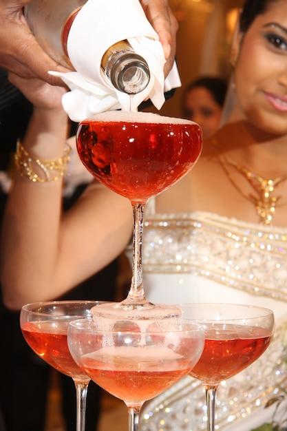 Wedding champagne fountain Premium Photo