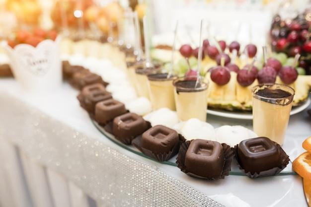 Wedding desserts Premium Photo