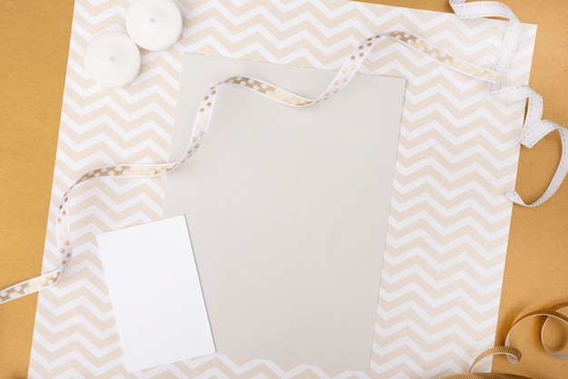 Wedding greeting card with wrapping paper Free Photo
