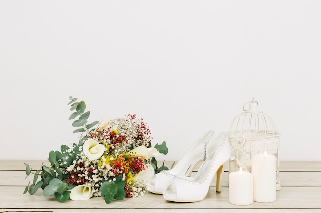 Wedding shoes with flowers Free Photo