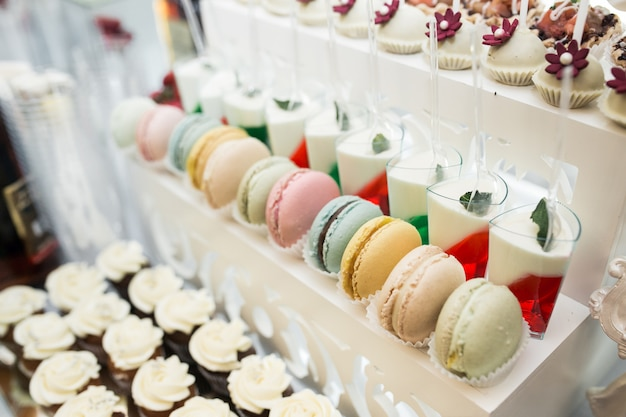 Wedding sweets and desserts Free Photo