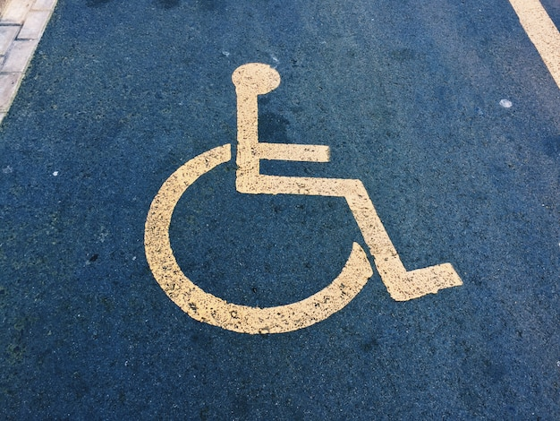 Wheelchair traffic signal Premium Photo