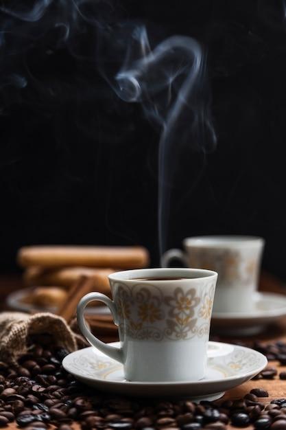 Soffia di vapore dal caffè Foto Gratuite