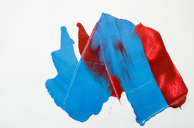 White canvas with red and blue strokes Free Photo