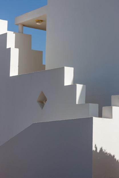 Facciata bianca di costruzione in egitto Foto Gratuite