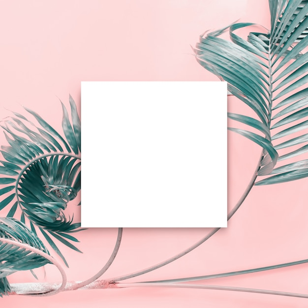 White papar blank brochure mock-up isolated white Premium Photo