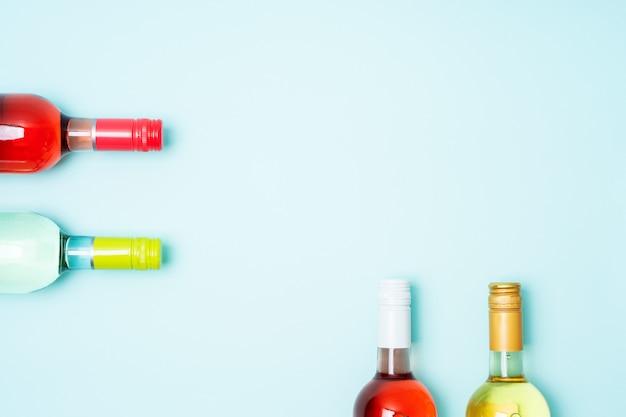White and rose wine bottles Premium Photo