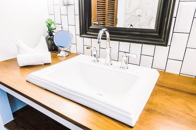 White sink Free Photo
