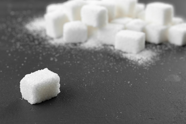 White sugar cubes Premium Photo
