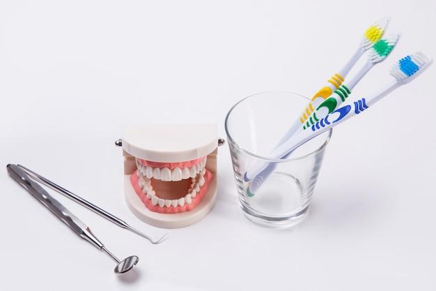 Белые зубы Бесплатные Фотографии