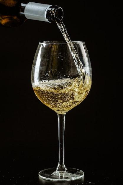 Какое можно при гипертонии пить вино белое или красное