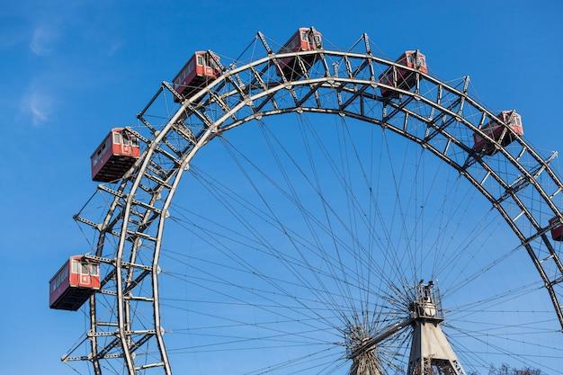 Wiener riesenrad, famous ferris wheel in wien Premium Photo