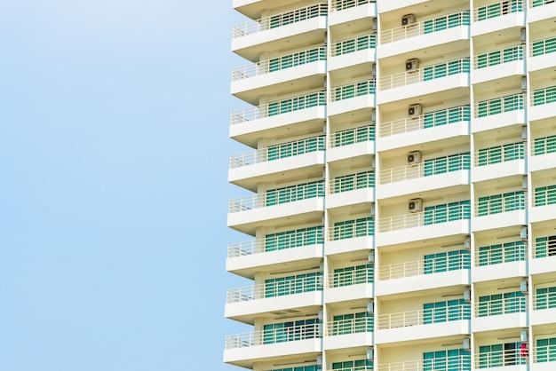 Window building Free Photo