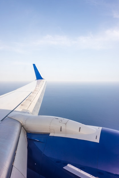 Wing of an airplane Premium Photo